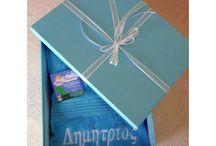 Κεντάμε ! :) / Κεντάμε το όνομα του παιδιού στη σαλιάρα του, σε μπουρνούζι, σε πετσέτα ή οπουδήποτε αλλού θελήσετε! Υπέροχο προσωποποιημένο δώρο για το βαφτιστήρι ή και για νεόνυμφους!