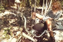 Bikers / Cause I just love to picture myself riding a vintage bike, feeling the hot hair of South West America.