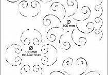 szablony kartek wyszywanych wzorem matematycznym