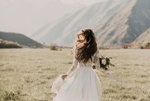 MOUNTAIN WEDDING / We ADORE mountain weddings... growing up I spent my summers on a farm in the mountains and that has stayed with me my entire life... Someday I will make it back to the mountains and retire, happily ever after. xoxo Malie