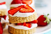 {Strawberries} / All the strawberry recipes you could ever need! Summertime calls for everything strawberry, whether it be drink recipes, dessert recipes, or fruit salad recipes. #strawberry #strawberryrecipes