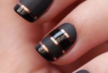 black creative nails