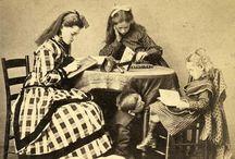 1870s DRESS / 1869-1876 dress