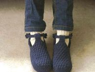 crochet sleepers / by Lucy Tobar