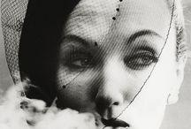 William Klein / Klein trouxe para a fotografia de moda um olhar de estrangeiro: avesso ao mundo fashion, fez deste estranhamento um terreno no qual construiu uma obra marcada pelo pathos da distância.