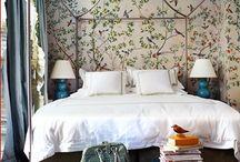 Bird Wallpaper / by Charlie Ravens