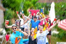 UE BOOM Aqua Party Ultimate Ears - Very Good Moment / Nos Hôtes se sont éclatés lors de la UE BOOM Aqua Party, avec les enceintes UE BOOM. Ils ont pu vérifier qu'elles ne craignaient ni l'eau ni les chocs, en organisant une soirée piscine des plus mouvementées !