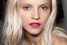Blondeee / James bond girl hair up do