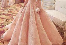 Gaun rok lebar