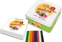 mon livre pâte à modeler enfants chez hugo & Cie / une boîte de jeu de pâte à modeler avec un livre de 30 créations expliquées étapes par étapes