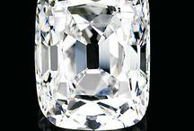 Permata Berlian / Koleksi foto mengenai berlian, berlian termahal, bagaimana proses terbentuknya berlian, berlian berwarna, panduan membeli berlian