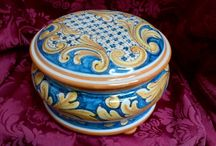 ACJ - Classic Pottery Collections / Ceramics, pottery, ceramic, jar, for home, classic, collections, Made in Italy, handmade, design  Precious objects of the tradition of the ceramic of Caltagirone. The designs and decorations, colors and shapes vary according to the historical period.  Twitter: @ACJ_HandMade  ACJ our product our passion our talent