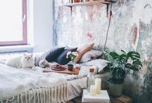 apartment decor and ideas / I enjoy the feel of nature and being in the woods or mountains taking a hike or even just sitting on the beach really feeds my soul. And coming home, after a stressful day at work, to a space that feeds your soul, clear your mind, sound about perfect to me.
