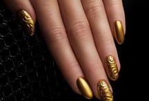 Trend metaliczny - paznokcie