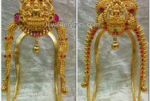 vanki / Gold armlet design collection