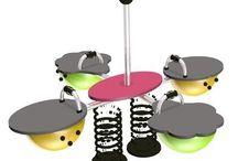 PAN SPRĘŻYNKA / Zabawne  urządzenia zabawowe dla dzieci, które pobudzają wyobraźnię.