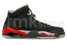 Air Jordan Hybrid Basketball Sneakers