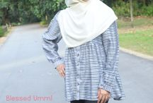 Nursing & Maternity Fashion Watch / We discuss fashion designs and trends for the breastfeeding and/or pregnant ladies!