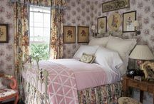 Bedrooms / by Nancy Roberts
