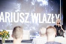 Akademia WyzwANIA na przyszłość / Akademia wyzwANIA na przyszłość to cykl wykładów motywacyjnych, który towarzyszył wydarzeniu nasze dokonANIA przez dwa dni inspirując i zachęcając wszystkich do działania.  W ramach Akademii wystąpili: Prezes CE ANIA - Jacek Bogucki, Mariusz Wlazły, Jarosław Kuźniar, Wojciech S. Wocław oraz Jasiek Mela.
