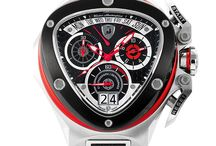 Tonino Lamborghini Spyder Collections / The Spyder Collection represent the universe coordinated of Style that Tonino Lamborghini represent: watches, mobile phones, smartphones and glasses.