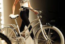 bicycles on de runaway / Bicycle fashion