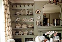 dining room styles / by Susan Betham