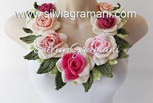 Colar Buquê de Rosas / Colar de crochê