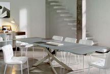 Tavoli Allungabili / Shop online tavoli allungabili Calligaris, Bontempi e tutte le migliori marche italiane. Ricco catalogo di tavoli allungabili rotondi, ovali, quadrati, rettangolari.