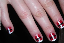 Christmas Nails! / by Lauren Hunter