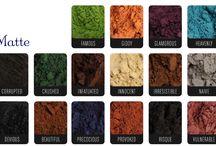 Younique Moodstruck Minerals Pigment Powder