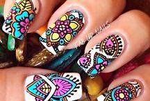 Tribal νύχια