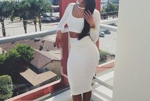 ALL WHiTE AFFAiR .