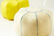 Knitted poufs / by Lea Bech-Sjøthun