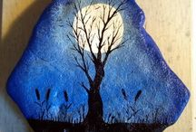 Rock painting / painted stones