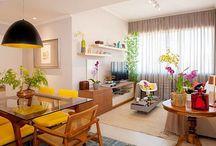 Amarelo na decoração. / A cor amarela está super em alta na decoração. Então, que tal criar o seu espaço com esta linda cor?