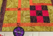 Del~Lillian's / Love decorating your home with eye-catching Items?  This board features Modern Quilted Wall Art and Table Decor.  Art Quilts,  Wall Art Ideas, Wall Art living Room, Wall Art Bedroom, Quilted Wall Hangings, Table Decor, Table Decorations for the Home, Modern Art Abstract, Interior Design, Interior Decorating, Contemporary quilts