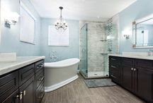 Contemporary Victorian / A royal style bathroom. This theme falls under the Victorian architechture, which refers to the reign of Queen Victoria (1837–1901), during which period the styles now known as Victorian were used for construction.