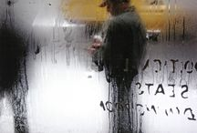 Saul Leiter / Saul Leiter (December 3, 1923 – November 26, 2013) was an American photographer and painter whose early work in the 1940s and 1950s was an important contribution to what came to be recognized as the New York School.