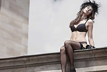 Guerilla Fashion Fotoshooting / Die SOUS, das zentrale Fachmagazin für Lingerie in Deutschland, Österreich und der Schweiz, beauftragte PRINZIP E mit einer redaktionellen Strecke zu Wäsche-Trends 2013. Die PRINZIP E Lösung: ein Guerilla-Shooting in der Fashion-Metropole Berlin mit großer Aufmerksamkeit in den Medien. www.prinzip-e.de