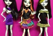 Monster High / by Alina Lacerda