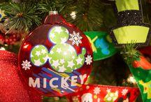 Tendencias de Árboles Navideños 2016 / Encuentra las mejores ideas para decorar e instalar tu árbol navideño en esta temporada.