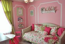 Girls Bedroom Ideas / This is an idea board for my 12 year old daughter's room.