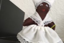 Orichas  en miniaturas / Figuras hechas a mano que representan deidades  de la Religion Afrocubana