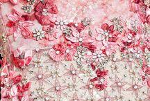 gyöngyök textilen