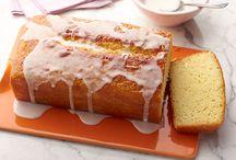 Food / Cake  / by Sarah Faroqi