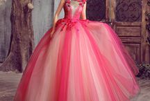 Ball Gowns / by Eve Len