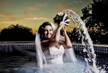 Noivas / Fotografia de noivas com um toque especial de arte, gosto muito destas fotografias, onde a imagem se torna uma poesia, mostrando momento de felicidade de uma bela mulher.