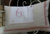 rose poudré / coussin en linge ancien grand coussin déhoussable, coussin intérieur duvet. 60/40.  45€ livraison comprise en france