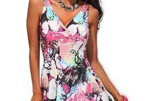 Pestrobarevné lehké denní šaty s krajkou na ramínkách